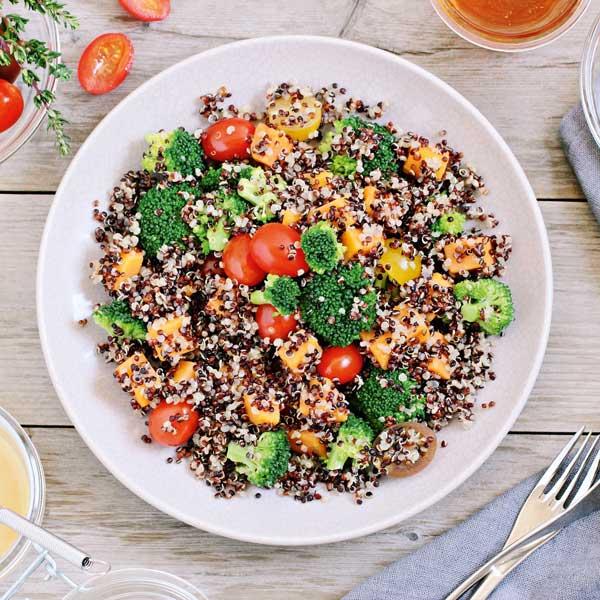 Brokkolisalat fuer Thermomix_Losangela_shutterstock_small_and_square, Thermomix-Rezepte, Abnehmen mit dem Thermomix, Thermomix-Salate