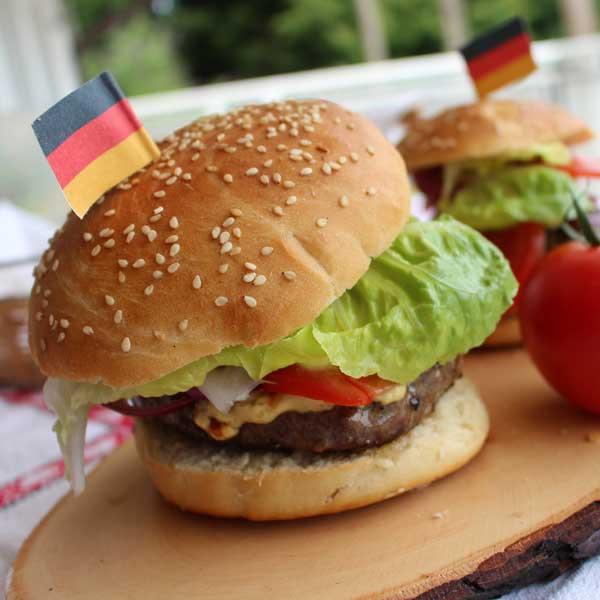 Hamburger-Broetchen fuer Thermomix_Elisabeth-Engler_small, Thermomix backen, Brot backen mit dem Thermomix