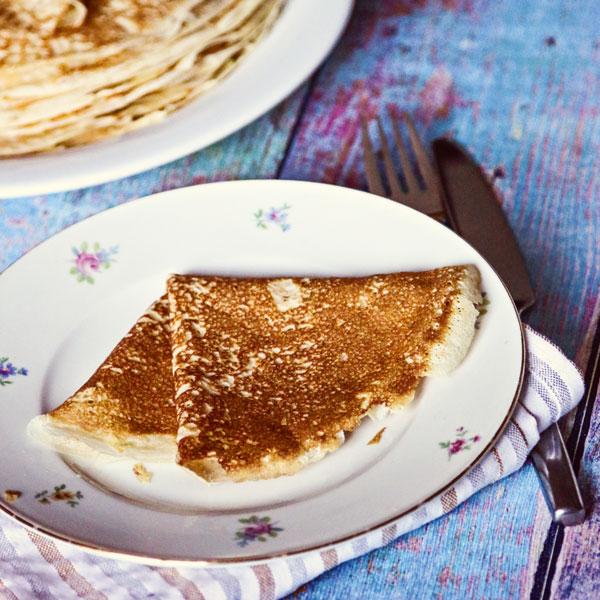Russische-Pfannkuchen_Lena-Kruglova-und-Anna-Matershev_small, Desserts fuer Thermomix, Mehlspeisen fuer Thermomix